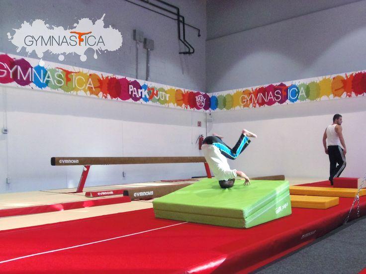 ¿Tus hijos se aburren en vacaciones? Asegura su lugar en nuestro #CursoDeVerano y te garantizamos que además de ponerse en forma se divertirá ¡al máximo!  Pide informes al 9688 9113 y 9131 6203 Mail info@gymnastica.mx #gimnasia #parkour