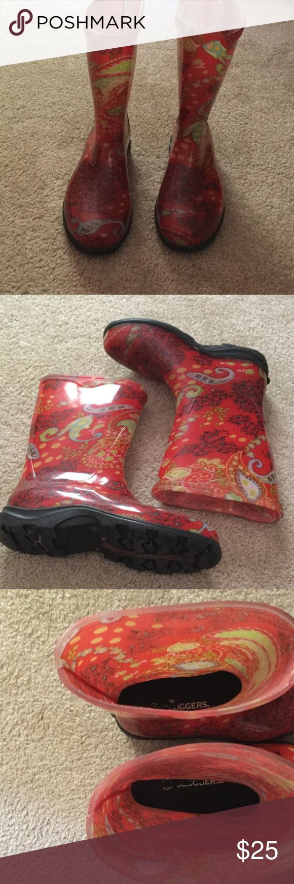 Sloggers Rain & Garden Boots Paisley Print, very good condition.  10 inches from floor to top of boot.  Fits wide calf.  Size is 9 but they say to go up a size so fits more like 8.5. Sloggers Shoes Winter & Rain Boots