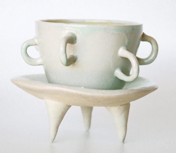 Handy Teacup and 3-Legged Plate