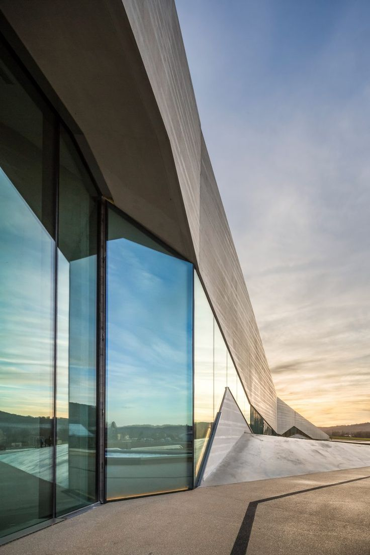 The jagged roofline of Lascaux IV  designed by Snøhetta and Casson Mann