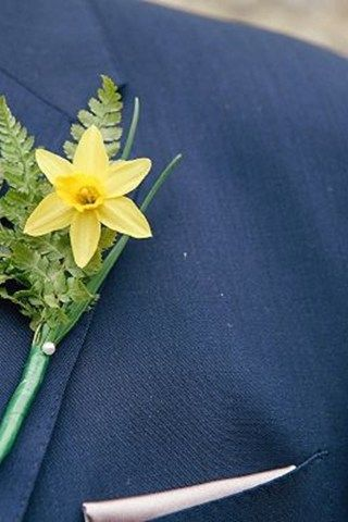 Groom buttonholes for spring | YouAndYourWedding