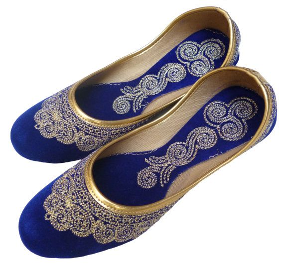 Handmade Royal Blue Velvet Zari Work Mojari Women Flats khussa shoe Juti jooti juti US 5 / 6 / 7 / 8 / 9 / 10 / 10.5 on Etsy, $12.99