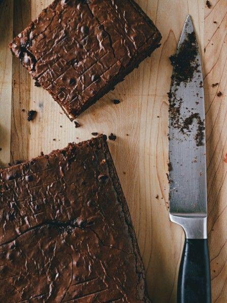 Milchreis und Schokolade - ein Duo zum Verlieben. Und genau deshalb haben wir beide in einem Rezept vereint und freuen uns auf samtige Milchreis-Schoko-Brownies.