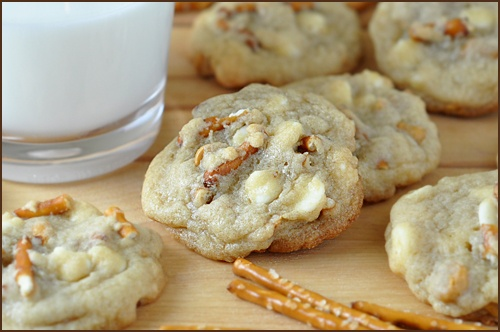 Post image for White Chocolate and Butterscotch Chip Pretzel Cookies: Chips Pretzels, White Chocolates, Chocolates Chips, Sweet, Chocolates Pretzels, Chocolates Butterscotch, Pretzels Cookies, Chocolate Pretzels, Butterscotch Chips