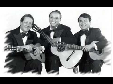 Pagina Blanca - Trio Los Panchos - YouTube ...Tu primera canción con tu primera guitarra...Mi primera emoción de verdadero amor...Te amo vida 08 10 2013