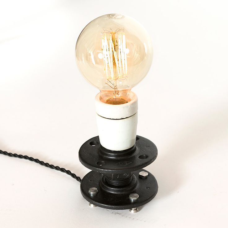 The Clap. Handmade table lamp made of engineering works modules.