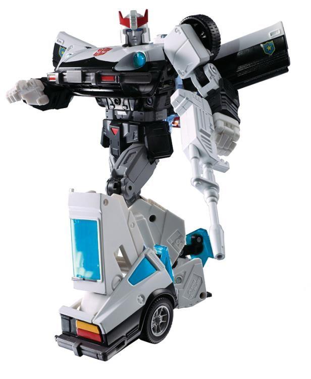 Hasbro Transformers Masterpiece Prowl Confirmed