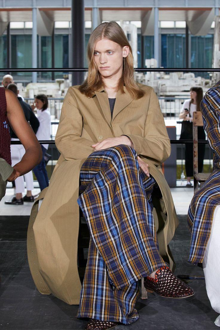 Acne Studios Spring 2018 Menswear Collection Photos - Vogue
