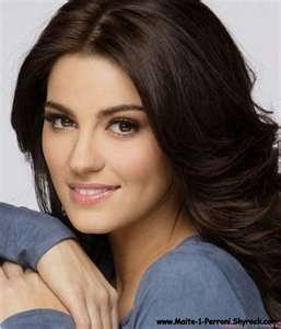 Maite Perroni is an absolute Mexican beauty. She can sing and act and she's definitely eye candy.