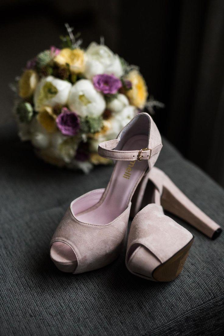 Sapatos de casamento para noiva #sapatos #noiva #wedding