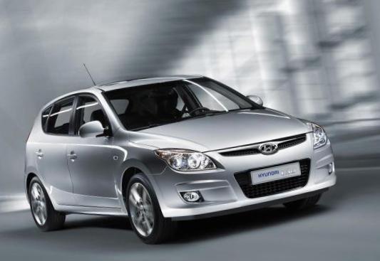 i30 Hyundai model - http://autotras.com