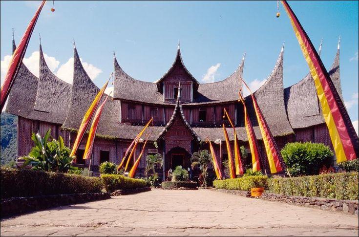 Bukittinggi palace
