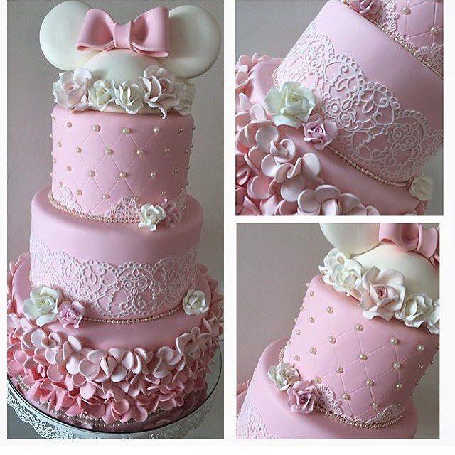 pra você que ainda não viu! #bolocenografico #fakecake #topodebolo #festaminnie #minnieparty #cakedesign #cakedesigner #robertafurucho #bolofakebiscuit #bolosdecorados #instapartybloggers #instaparty