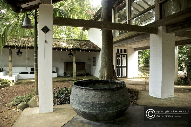 The best of geoffrey bawa lunuganga bentota lunuganga for Courtyard designs in sri lanka