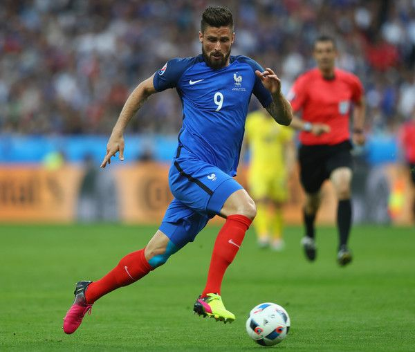 Olivier Giroud Photos Photos - Olivier Giroud of France reacts during the UEFA Euro 2016 Group A match between France and Romania at Stade de France on June 10, 2016 in Paris, France. - France v Romania - Group A: UEFA Euro 2016