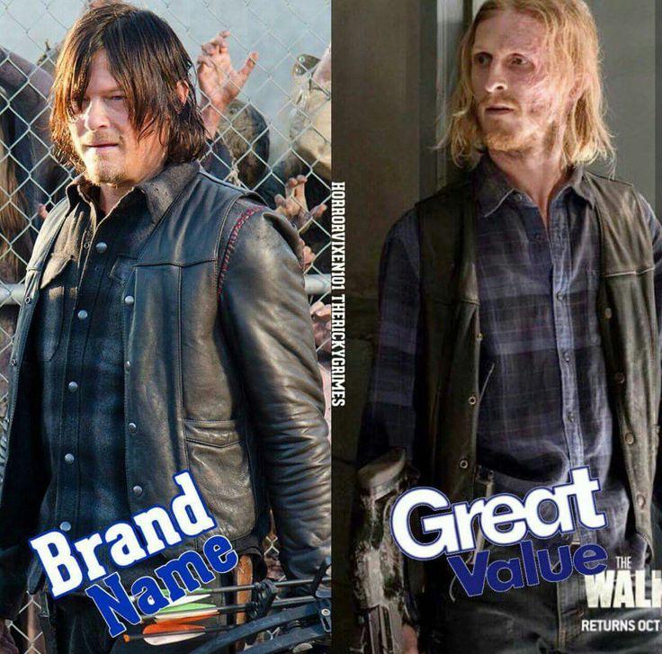 TWD season 7... Dwight wearing Daryl's clothes