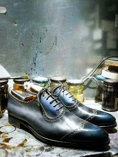 Paulus Bolten Shoe Boudoir Souliers & cuirs patinés: Un deux-tons sur plastron... Patine efficace..!