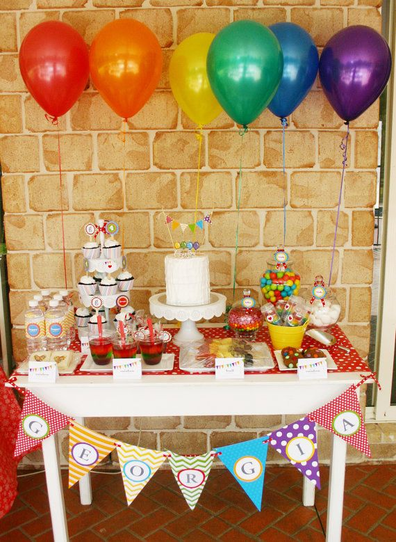 ARC-en-ciel Birthday Party imprimable Set - Invitation Rainbow, Cupcake Toppers, Bunting, Favor Tags & plus