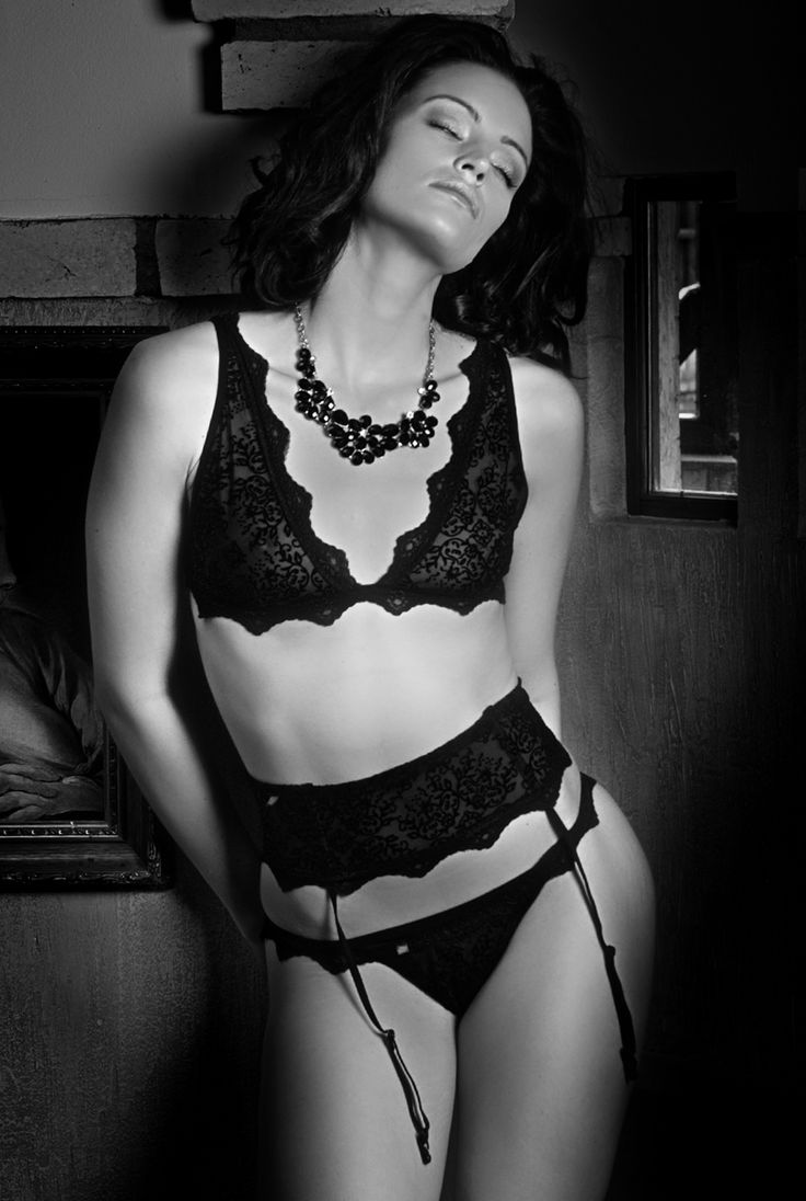 photo: Ladislav Velsicz model: Anna Alföldi Underwear: J.Press Triumpf