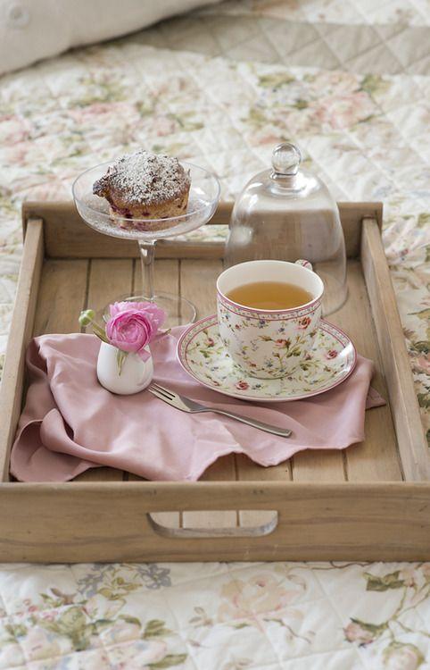 Tea in bed♥