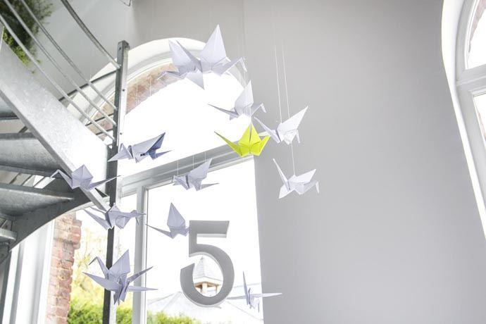 Mobile et numero de table D Day Deco origami