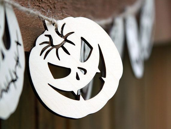Set of 8 coasters for mugs. Garland pumpkin. Birch plywood. Home kitchen decor horror halloween laser cut