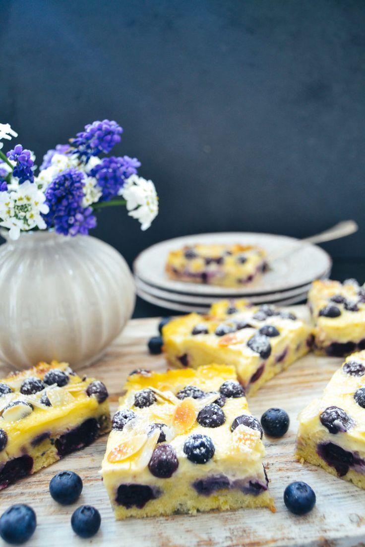 Einfacher Blechkuchen mit Schmand und Blaubeeren – Kuchen