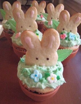 Easter Bunny Cookie Cupcakes