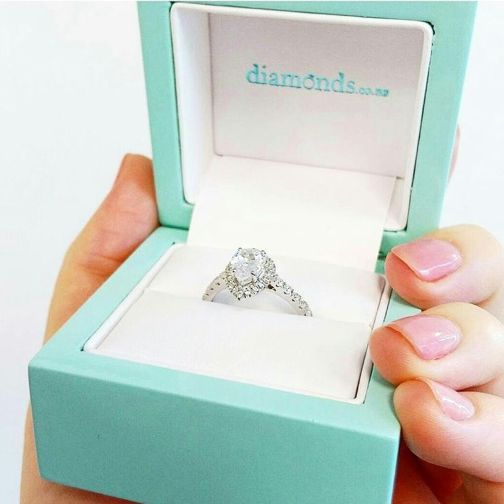 Our brand new mint green ring boxes!! #proposeinstyle