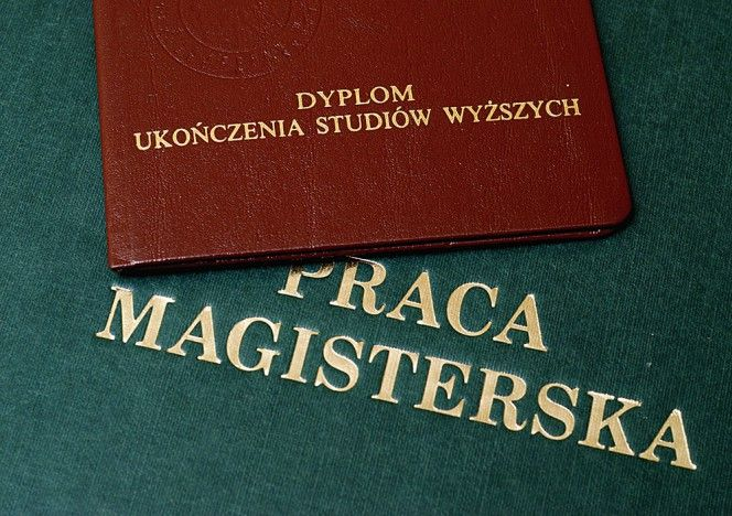 Pisanie prac licencjackich, magisterskich i doktoratów.