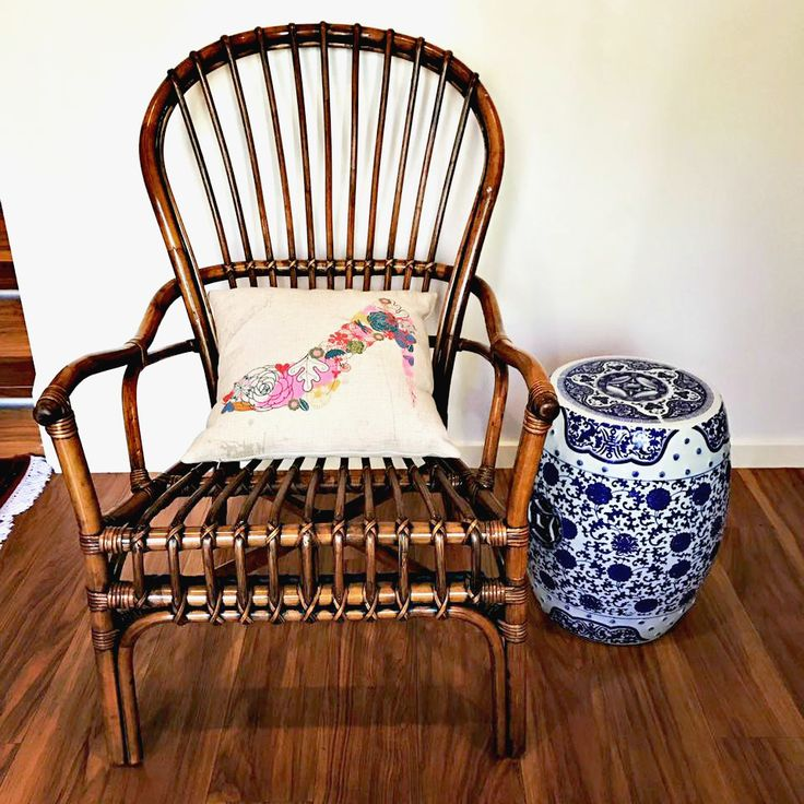 Chasing a vintage & relaxed look to sit on?  This beautiful chair was styled & shared by our friend Jaqui Keyes