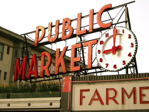 Seattle Fish Market - Cool Place. Home to more brothers.