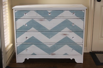 So well done!    I really should be sleeping....: Painted Chevron Dresser {Tutorial}
