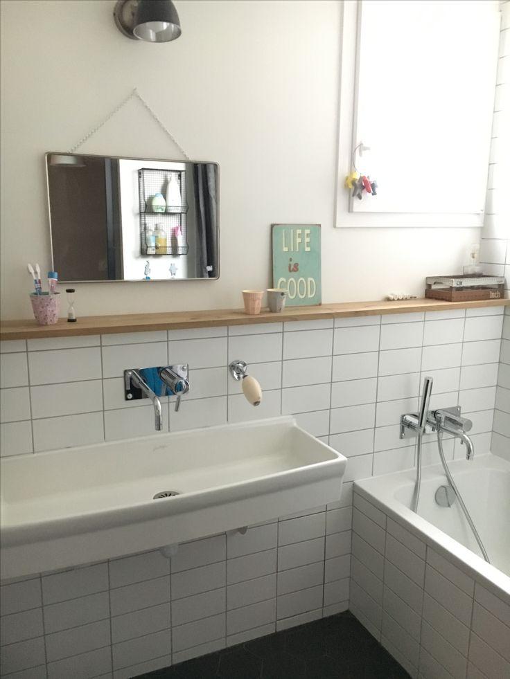 les 99 meilleures images propos de salle de bain enfant sur pinterest. Black Bedroom Furniture Sets. Home Design Ideas