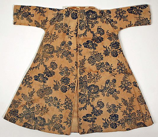 Coat (bed gown) Date: third quarter 18th century Culture: American Medium: linen Dimensions: Length at CB: 26 1/2 in. (67.3 cm) Length at CF: 21 in. (53.3 cm) Credit Line: Gift of Mrs. Alice Raphael, 1937 Accession Number: C.I.37.2