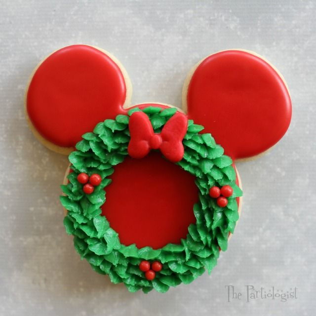 Wreath Minnie Mouse Cookie                                                                                                                                                                                 More