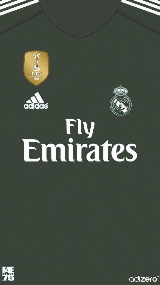 Real Madrid equipación porteros 2017-2018  futbolrealmadrid ... bbc0c55735762