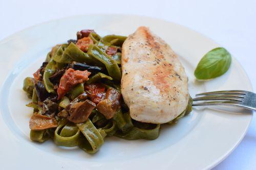 chicken breast with pasta, summer recipe