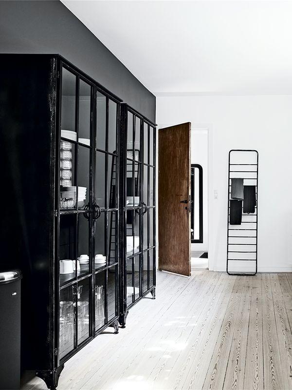Follow Rent a Stylist https://www.pinterest.com/rentastylist/ raw details