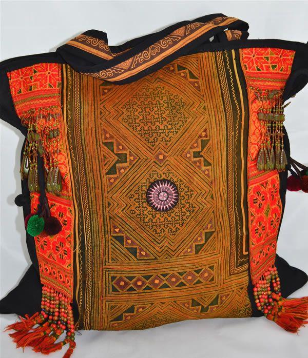 Hmong Bags www.hainehippie.ro/71-genti