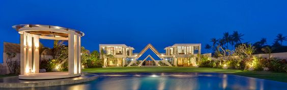 The finest luxury beachfront villa for your dream wedding in Seminyak, Bali  #weddingvilla, #seminyak, #villagetaways, #luxury, #batubeligvilla