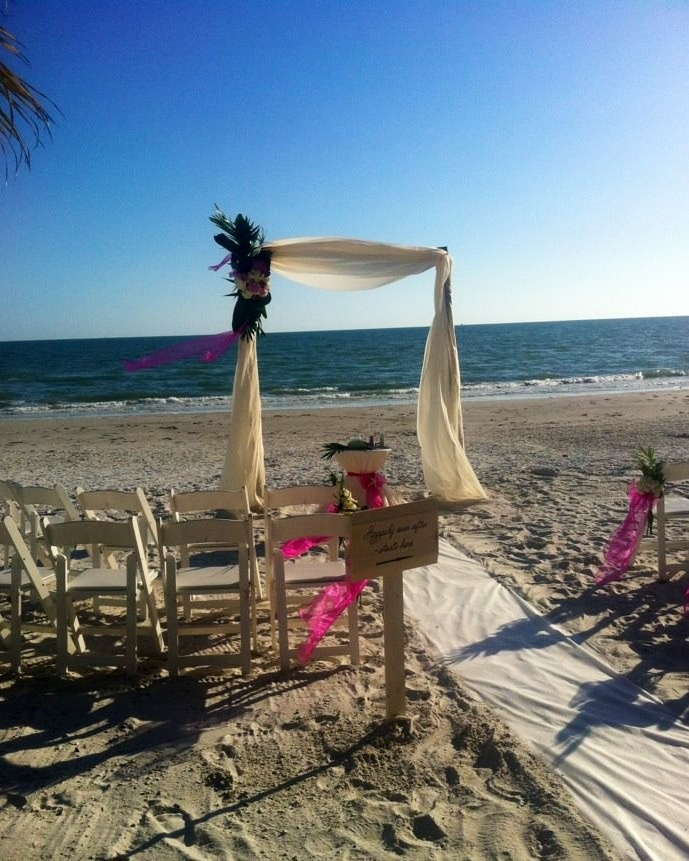 Nothing More Elegant Than A Private Beach House Wedding On Fort Myers