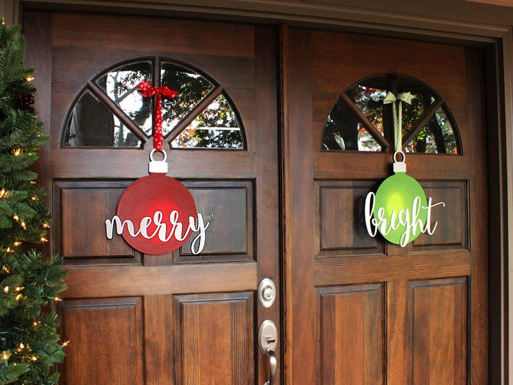 Merry and Bright Ornament Wreaths | Double Door Wreaths DIY | CraftCuts.com