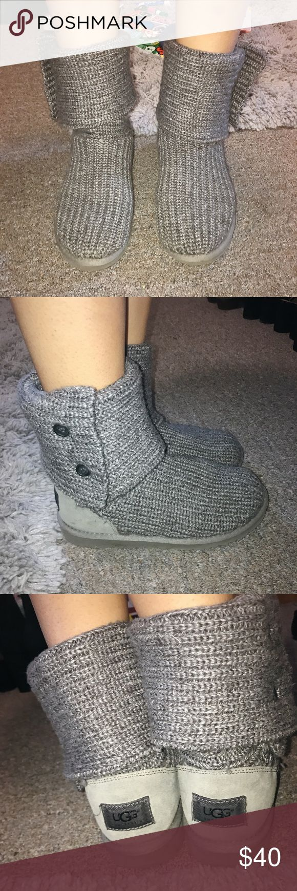 Kids UGGS cable knit in grey Size 4.5, cable knit uggs for kids / good condition & has no rips or stains. Equivalent size for women's 6.5 UGG Shoes Winter & Rain Boots