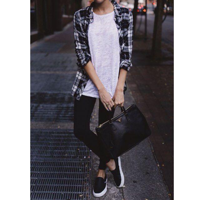 """Black & White  #style #fashionblogger #fashionista #streetstyle #blogger #streetlook #streetfashion #instafashion #qdzone #qdresscode #fashion #fashiongram #instaday #streetphotography #streetcool #instacool #styleblogger #lifestyle #vintage #black #white #pinterestphoto #slipon #bag #prada"" Photo taken by @qdresscode on Instagram, pinned via the InstaPin iOS App! http://www.instapinapp.com (08/16/2015)"