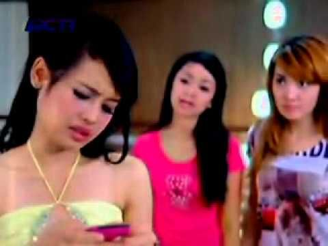 FTV Cinta Buat SuperGirlies Part #3-11