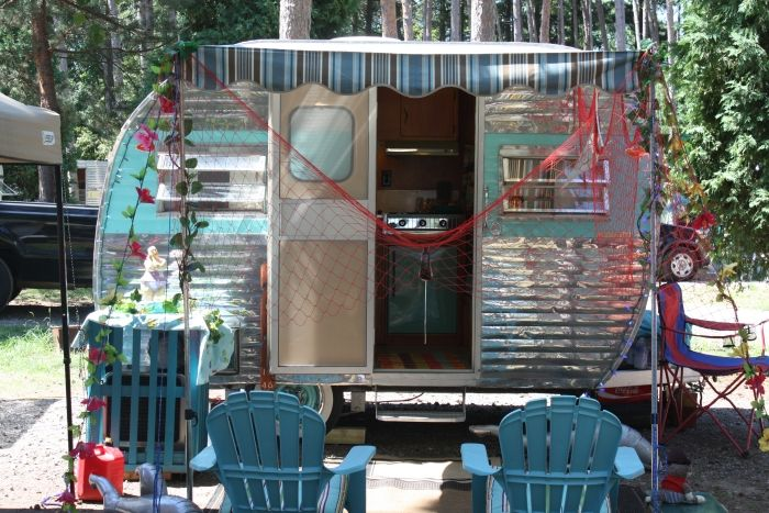 Vintage Canned Ham Travel Trailer