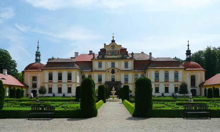 Свадьба в замке Емниште