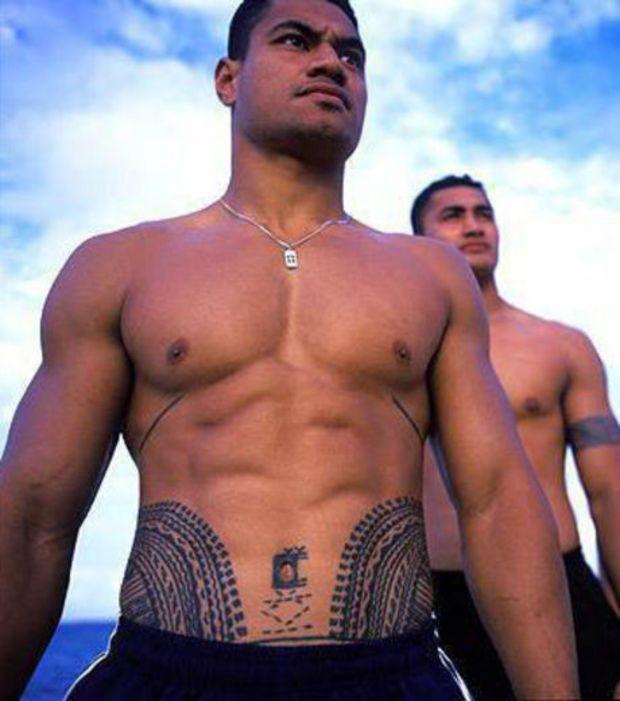Resultado de imagen de tatuajes abdomen hombre