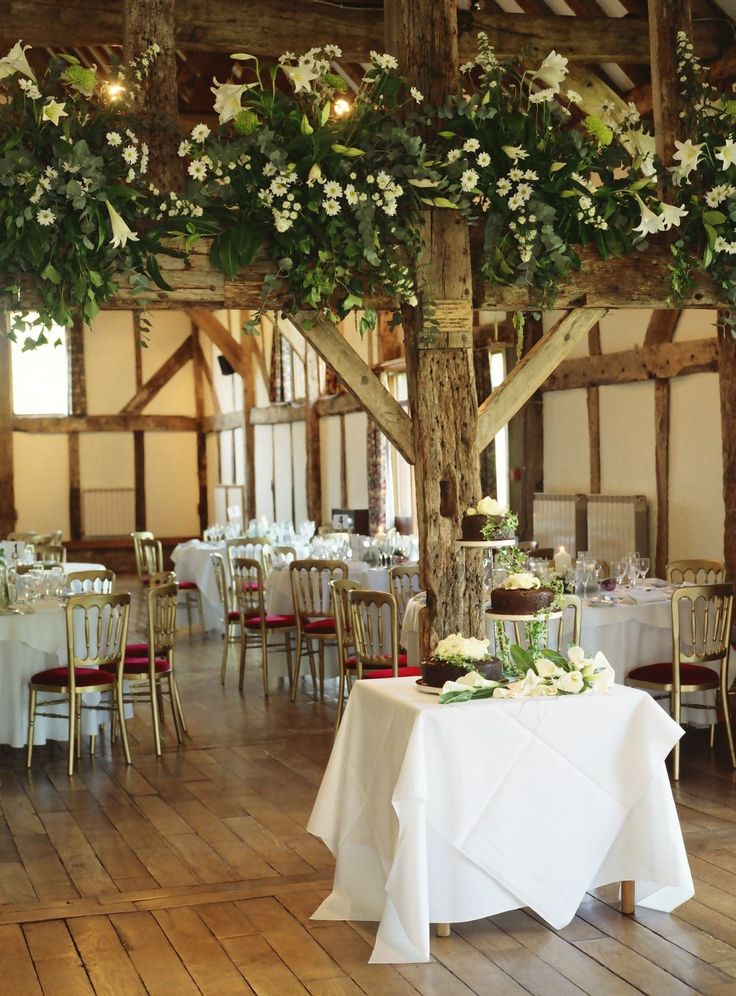 Good Idea With The Beams Id Use Vines And Long Spindly Flowers